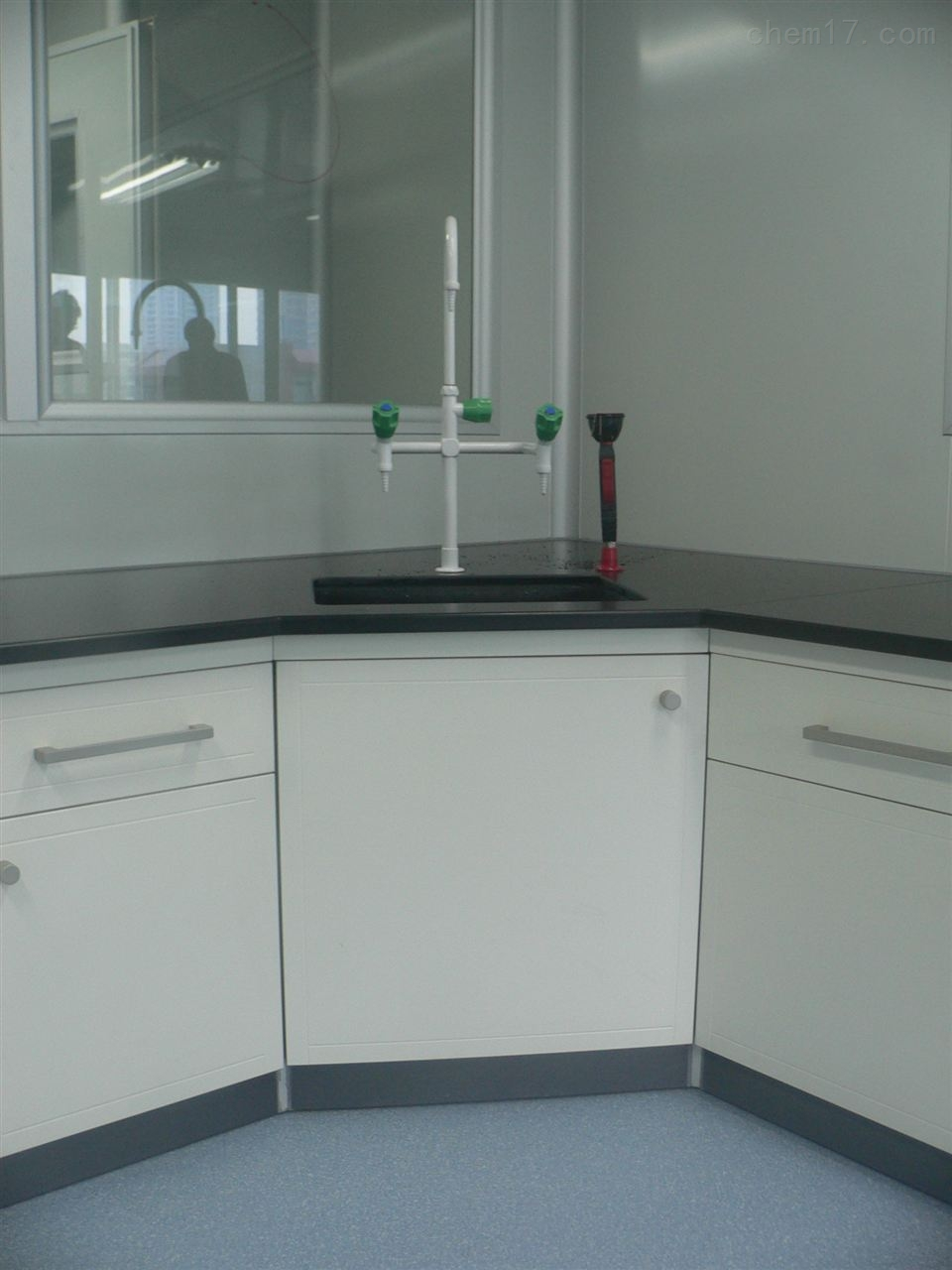 广西贵港食品中心实验室整体装修工程服务