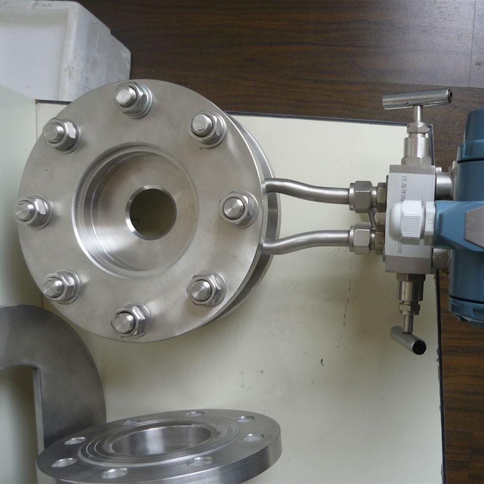 法兰取压孔板流量计产品安装