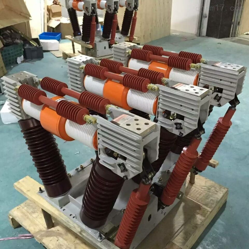户内ZN85-35kv真空断路器