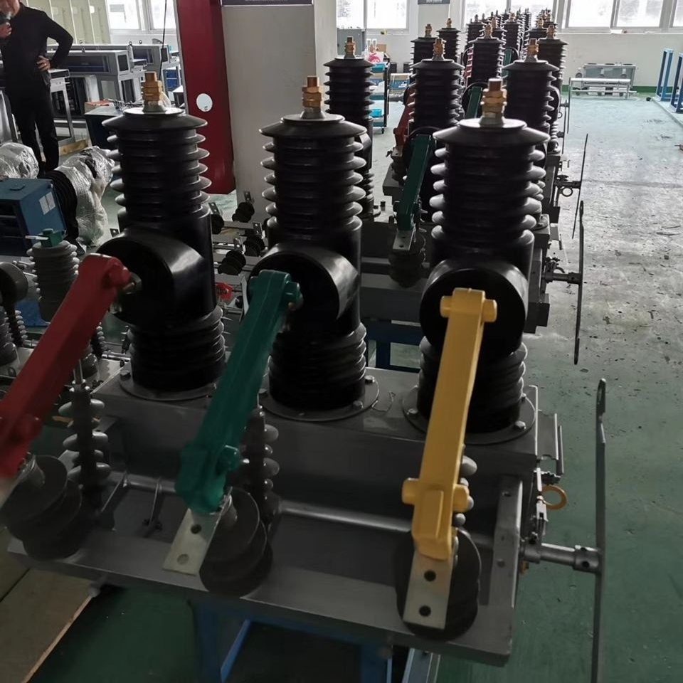 10KV快速高压断路器厂家