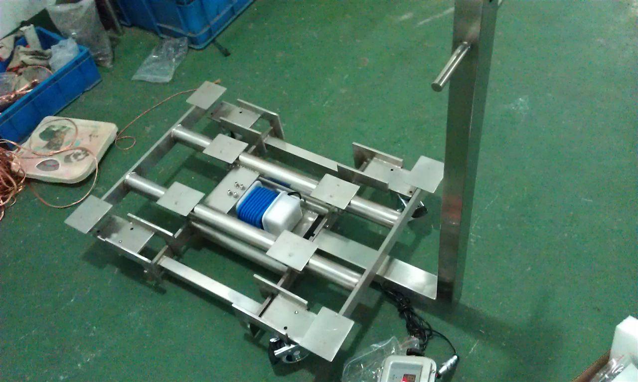<strong>200kg移动式带橡胶轮子移动电子台秤</strong>