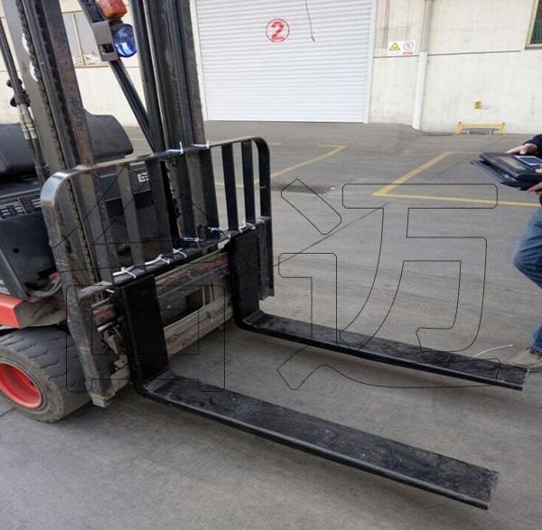 柴油叉車改造電子秤